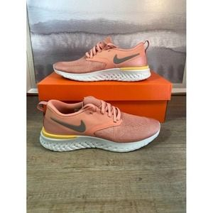 Shoes - NEW Nike Odyssey React Flyknit / Size 9
